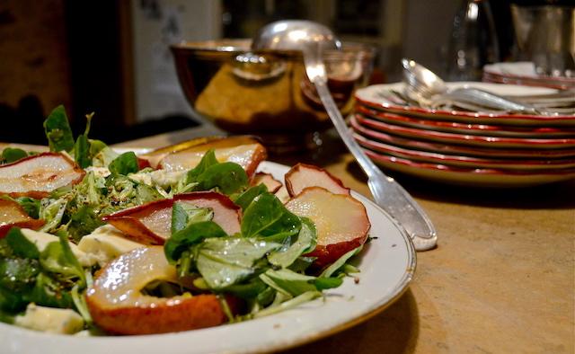 Salade d'automne à la poire et à la grenade.JPG