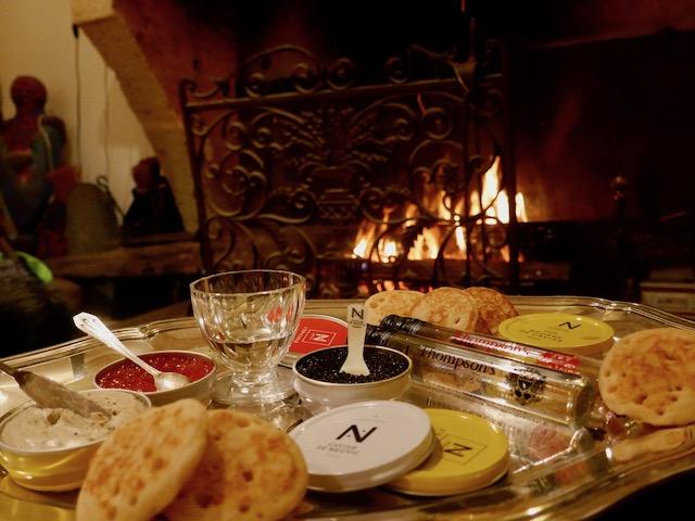 gin Thompson & caviar de Neuvic